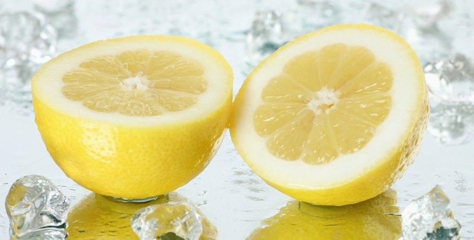 Drinking Lemon Water For Body Odor