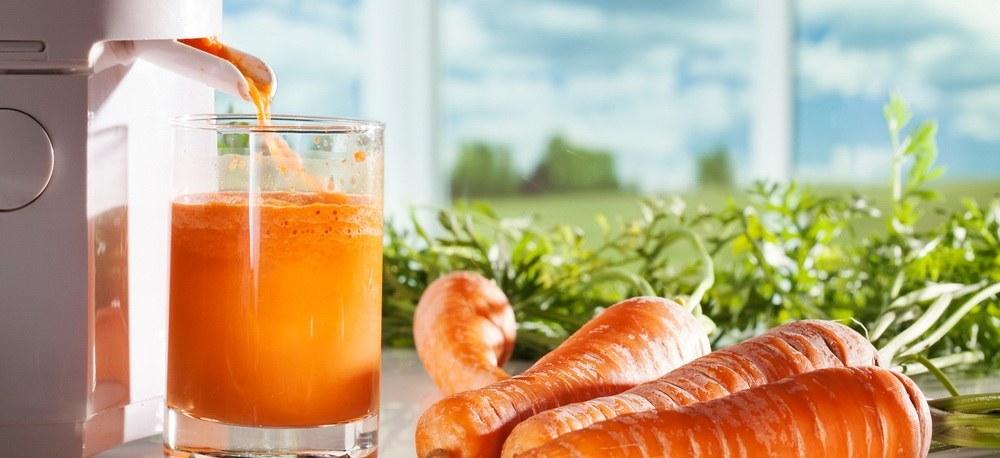 Organic carrot juice