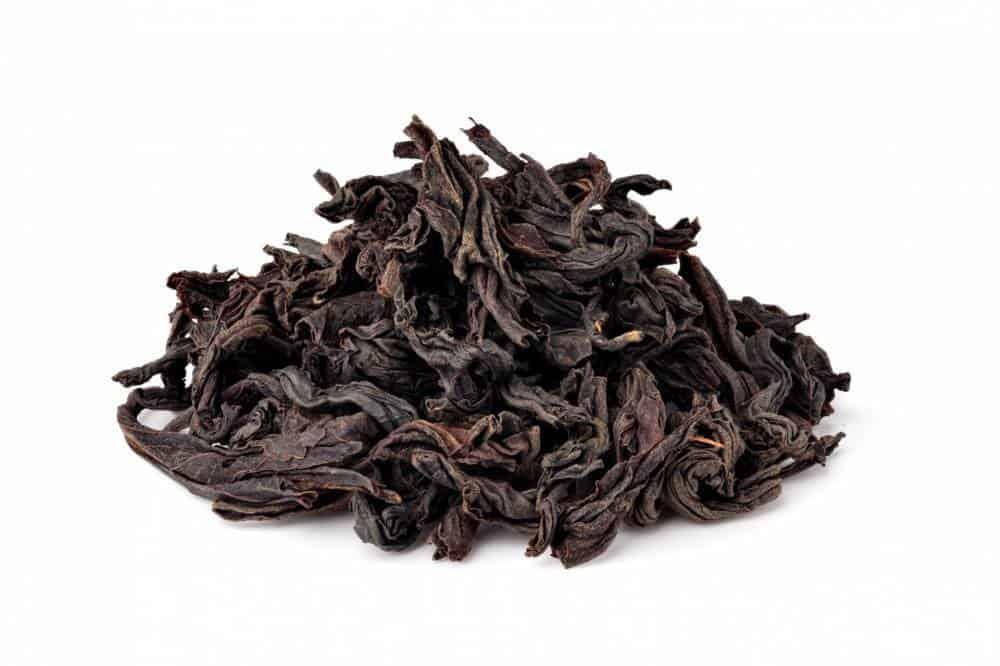 A handful of black tea.